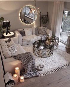 This is how you turn a small room in a cozy place! Try to combine some pillows blankets and candles and you will. Living Room Decor Cozy, Chic Living Room, Cozy Room, Home And Living, Living Room Decor For Apartments, Living Room Ideas House, Living Room Decor College, Modern Living, Living Room Apartment