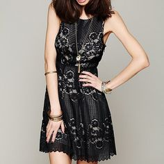 Free People Black Lace Cutout Dress A sweet lace dress from Free People with tonal lining for a uniform look. Pleats add volume to the skirt, and the alluring cutout back closes with a single button. Hidden side zip. Lined. Fabric: Lace. Shell: 100% polyester. Lining: 66% viscose/34% cotton.   ✅ OFFERS  TRADES ➡️ SHIPS IN 2-4 BUSINESS DAYS Free People Dresses