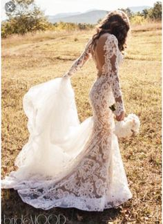 Lace Long Sleeved Wedding Dress #weddingdress #weddinginspiration