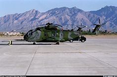 Sikorsky HH-3E Jolly Green Giant (S-61R) aircraft picture