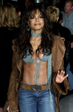 When Janet gets the abs together, watch out! Jo Jackson, Jackson Family, Michael Jackson, Beautiful Black Women, Beautiful People, Beautiful Ladies, Janet Jackson Unbreakable, The Jacksons, Vanity Fair Oscar Party