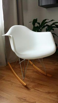 Tremendous White Eames Rar Rocking Chair Ikea Hulsig Carpet Alba Unemploymentrelief Wooden Chair Designs For Living Room Unemploymentrelieforg