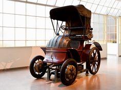 FIRST ELECTRIC CAR - LOHNER-PORSCHE-MIXTE-VOITURETTE