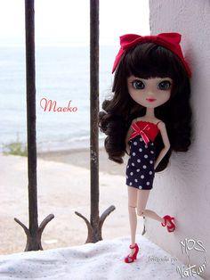 Maeko y una ventana al mar2 | Flickr: Intercambio de fotos