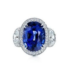 Stunning. I absolutely love sapphires.