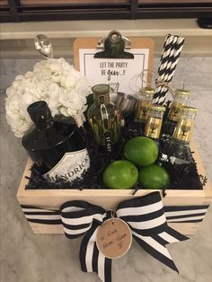 Excellent No Cost Gin gift basket Thoughts when getting unique wedding gifts . Excellent No Cost Gin gift basket Thoughts when getting unique wedding gifts for newlyweds, spec Alcohol Gift Baskets, Diy Gift Baskets, Gift Hampers, Basket Gift, Housewarming Gift Baskets, Creative Gift Baskets, Wedding Gift Baskets, Gift Basket Themes, Boyfriend Gift Ideas