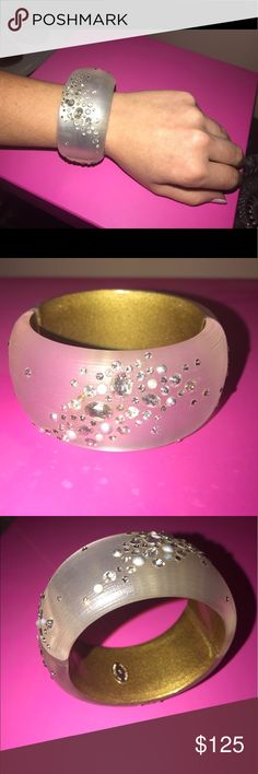 Alexis Bittar large bangle Beautiful angle perfect condition! No missing jewels no scratches what so ever looks brand new! Dust bag included Alexis Bittar Jewelry Bracelets