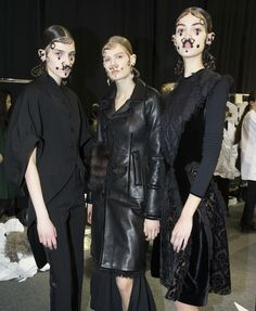 Givenchy Fall 2015 RTW Backstage – Vogue