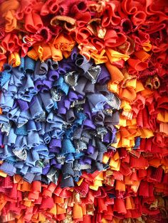 Knotted rag rug