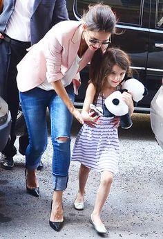 Katie Holmes Gets Primary Custody of Daughter Suri in Divorce from Tom Cruise - Us Weekly