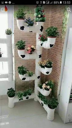 Small Space Gardening, Small Garden Design, Plant Design, Garden Wall Art, Metal Garden Art, House Plants Decor, Plant Decor, Bottle Garden, Tire Garden