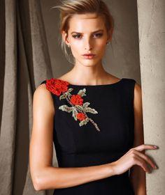 CIRILE - Pronovias dress with a floral motif