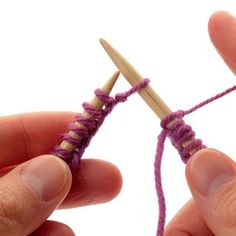 How to a avoid The Gap at the join in circular knitting - several different methods!