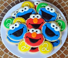 Elmo & Cookie Monster Cookies