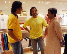 Legend Javed Miandad with Shoaib Akhtar and Waseem Akram World Cricket, Sports Stars, Best Games, My Passion, Goat, Chef Jackets, My Love, Goats
