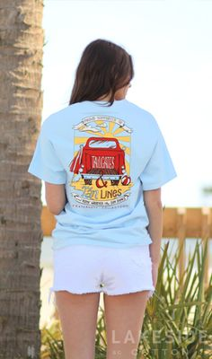 Enjoy your next drink in a Southern State of Mind! This koolie is the perfect preppy gift for any southern girl! It will keep your drink cool and in style! Preppy Southern, Simply Southern, Fraternity Collection, Tanning Tips, Marley Lilly, Happy Fall Y'all, Monogram Gifts, Tan Lines, School Fashion
