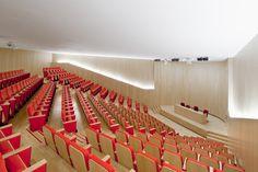 Gallery of Sant Joan de Reus University Hospital / Pich-Aguilera Architects + Corea  Moran Arquitectura - 1 Hospital Architecture, Airport Design, Auditorium, University, Architects, Houses, Construction, Urban, Spaces