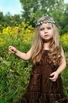 If i am lucky enough to have a daughter she will be just like this lil' hippie cutey pie :) x