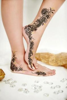 Best Leg Mehndi Designs – Our Top 8 Picks