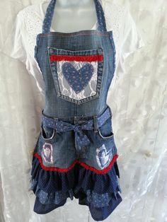 Upcycled apron from old jeans.