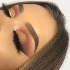makeup eyeshadow into slime makeup tutorial mac eyeshadow makeup makeup glitter revolution eyeshadow palette 144 eyeshadow lagane ka tarika makeup for asian eyes light makeup Kiss Makeup, Cute Makeup, Glam Makeup, Gorgeous Makeup, Pretty Makeup, Makeup Inspo, Eyeshadow Makeup, Makeup Inspiration, Eyeliner