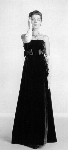 Abito da sera in velluto Dior 1956
