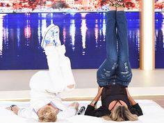 Xuxa faz o Quadradinho de Oito com Ticiane Pinheiro http://r7.com/L7CR