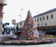 http://medioambienteyeducacionambiental.blogspot.com.es/2015/12/navidad-reciclada-en-montilla.html