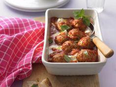 Rezept Putenbällchen in Tomatensauce mit Mozzarella, unser Rezept Putenbällchen…