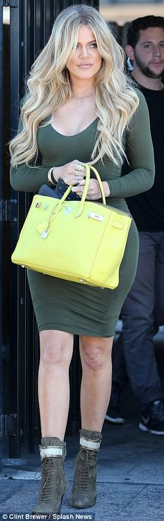 Khloe Kardashian reminds everyone she too has a generous derriere #dailymail