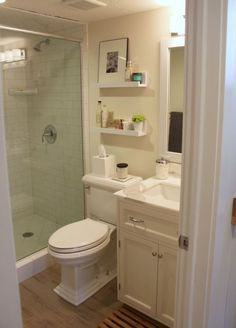 Cool small master bathroom remodel ideas on a budget (54)