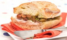 Receta de Bocadillo de queso de cabra y anchoas