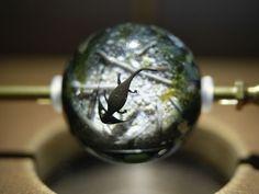 Целый мир в одной бусине. Мастер Gen Masunaga в технике лэмпворк - Ярмарка Мастеров - ручная работа, handmade