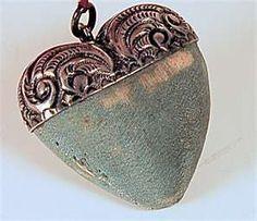 Vintage Pin Cushion  WOW!!! Be still my heart!  xoxo