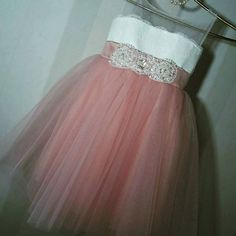 https://www.etsy.com/shop/AtelierArtistia?ref=hdr_shop_menu #clothing #girlsclothing #girldress #flowergirldresses #littlebridesmaid #kidsdressup