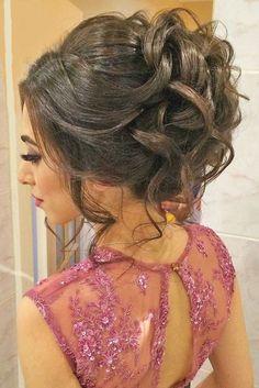 32 Most Romantic Updos for Long Hair #elegant #formal #hair #long #prom #updo #wedding