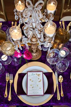 Glam Mardi Gras inspired table. Ashley Culicchia Cash, The Graceful Host + Chelish Events.