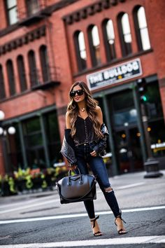 Wardrobe In Need Of An Update? Read This Excellent Fashion Advice – Designer Fashion Tips Stylish Outfits, Fall Outfits, Cute Outfits, Fashion Outfits, Womens Fashion, Girly Outfits, Night Outfits, Grunge Outfits, Fashion 2017