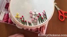 Wow check out this remarkable Embroidery – what an artistic innovation – Handstickerei Hand Embroidery Patterns Flowers, Basic Embroidery Stitches, Hand Embroidery Videos, Embroidery Flowers Pattern, Hand Work Embroidery, Creative Embroidery, Silk Ribbon Embroidery, Hand Embroidery Designs, Diy Embroidery