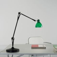 Luxy T2 table lamp by Rotaliana #Modern #desklamp #lighting