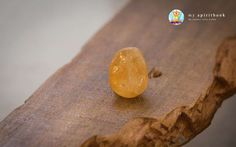 The yellow-colored citrine crystal is a prosperity stone. It brings you success, optimism and confidence.