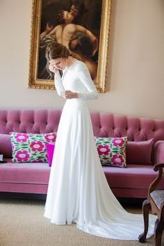 Elegante y sencillo vestido de novia.