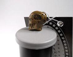 Collectible-Solid-Bead-TERMINATOR-2-Knife-Paracord-Lanyard-Handmade