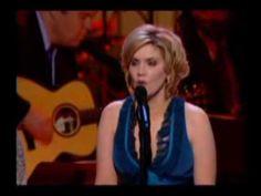 Music Video - Alison Krauss & Dwight Yoakam -Johnny Cash Tribute, '05 - If I were a carpenter - YouTube