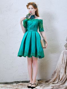 modabridal.co.uk SUPPLIES Vogue Off-the-Shoulder Natural Green Half Sleeves A-line Lace-up All Sizes Fall Dress Short Bridesmaid Dresses