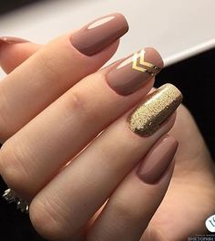 Golden Rose Nails – Tremendous Brown and Golden Glitter Nail Art Designs 2018 for Prom – Nagellack Neutral Nail Art, Gold Nail Art, Glitter Nail Art, Gold Nails, Gold Art, Pink Glitter, Nude Nails With Glitter, Glitter Chevron, Gold Glitter Nails