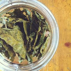 freshly dehydrated raw kale chips