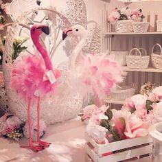 #fenicotteri #fenicottero #flamingo #flamingotheme #pink #flowers #cassettine #cesti #spring #primavera #allestimenti #allestimentieventi #vetrine #allestimentovetrine #allestimentoeventi #ingrossoallestimenti #talea #taleaingrosso #taleaallestimenti #weddingplanner #weddingcreator #party #partyplanner