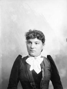 Portrait of a woman :: History Colorado, 1890 - 1900