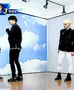 Taemin i could watch you dance forever, and Jonghyun we can all see you staring at tae's ass.
